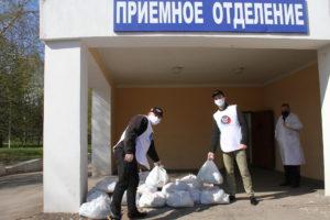 Активисты штаба ЗДОРОВОеДВИЖЕНИЕ доставили в Рудничную больницу Макеевки продуктовые наборы